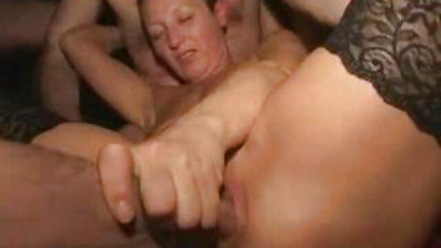 Pornó nincs regisztráció  Csalás Evelina drágám szereti az anális szexet egy új játékkal! hátszegi melinda porno