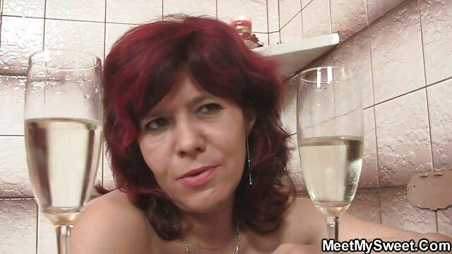 Pornó nincs regisztráció  Türelmetlen Esmerelda meg akarja mutatni a szeméremtest, valamint szex video letoltes a seggét