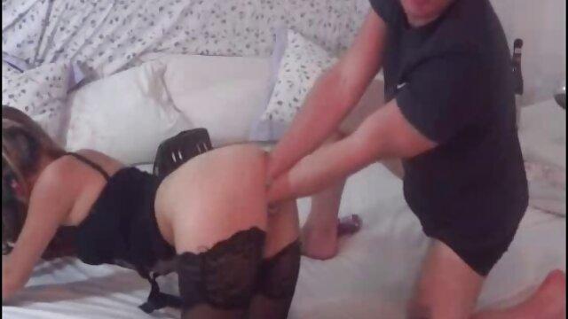 Pornó nincs regisztráció  Holly Halston beütöttem ingyen szexfilmek nézése a hatalmas tej táskák.