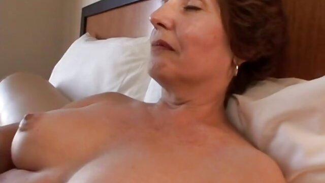 Pornó nincs regisztráció  Angeles Sid stroke szex video letoltes kakas a tetőn