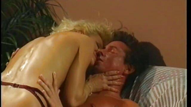 Pornó nincs regisztráció  Ex magyarul beszélő sex filmek kurva maszturbál Spriccelős összeállítás Full HD