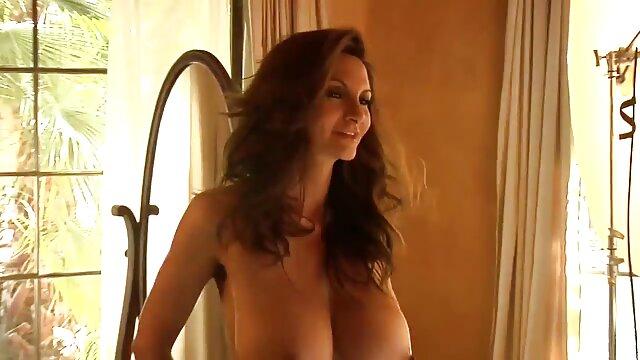Pornó nincs regisztráció  Bethany Benz magyarul beszélö sex assfucked egy hatalmas fekete Lexington Steele garnélarákkal