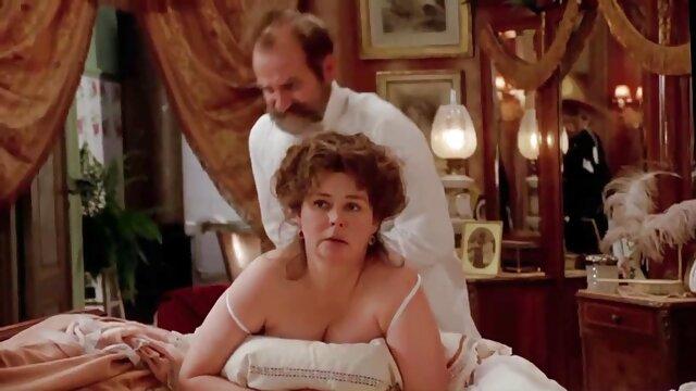 Pornó nincs regisztráció  Nagyapa spermát ingyen családi sex tesz a szájába, fiatal unokaöcsém.