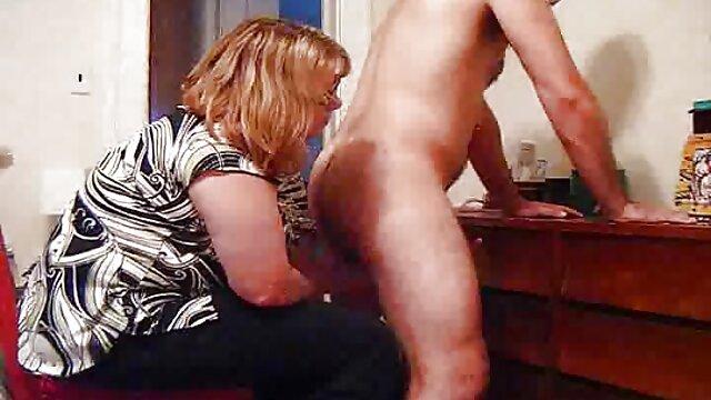 Pornó nincs regisztráció  Anna Belle angol rózsaszín könnyek fel a ingyen kemény pornó fényes harisnya, bugyi