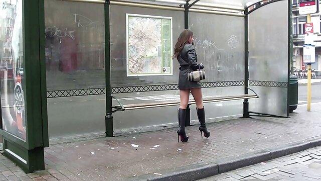 Pornó nincs regisztráció  Ő exhib nézni, miközben egyre nedves! Francia tapasztalatlan nagyseggű szex