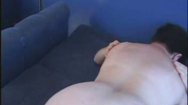 Pornó nincs regisztráció  A nő csúszik, borotválkozik bőségesen szex videok ingyen harisnya-sok szar