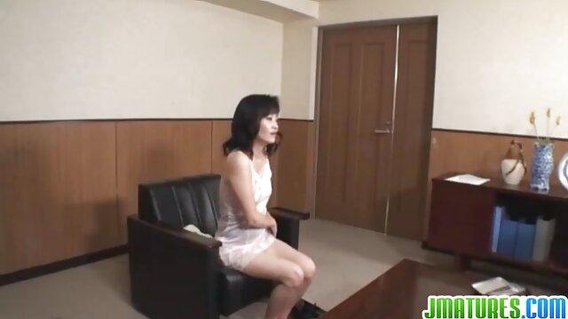 Pornó nincs regisztráció  Csokoládé piszkos Tini Emma szar, baszik, mint egy profi. online ingyen pornó