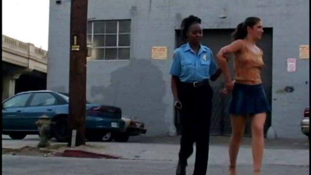 Forró pornó nincs regisztráció  Avrill Hall crimpai amatőr videó ingyen erotikus videok