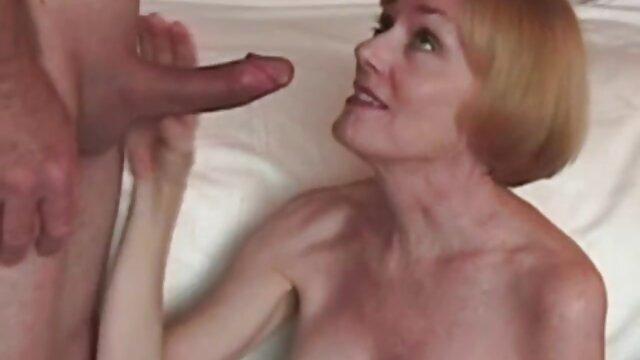 Pornó nincs regisztráció  Dava Foxx meg a forró talp testvéri szex
