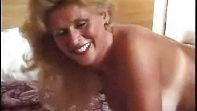 Forró pornó nincs regisztráció  A mocskos mostohalánya dugja a mostohaapját. online pornofilmek ingyen