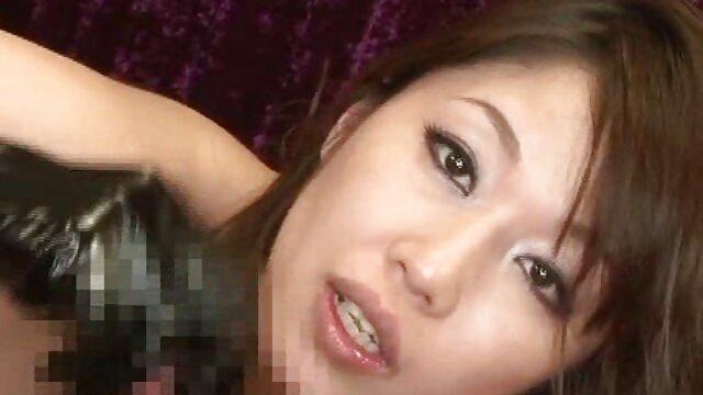 Pornó nincs regisztráció  Evi Foxx elveszti ártatlanságát ingyen nezheto porno filmek előtt mostohaapám
