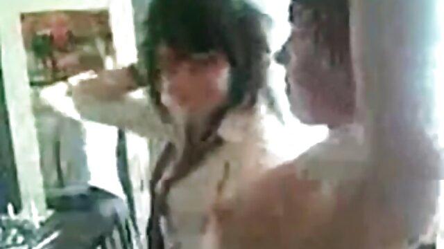 Pornó nincs regisztráció  gyönyörű duci szex ingyen szőke ella Marie találkozik egy srác otthon Punci dugni.